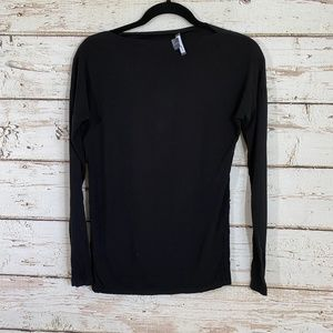 vince black boat neck long sleeve top